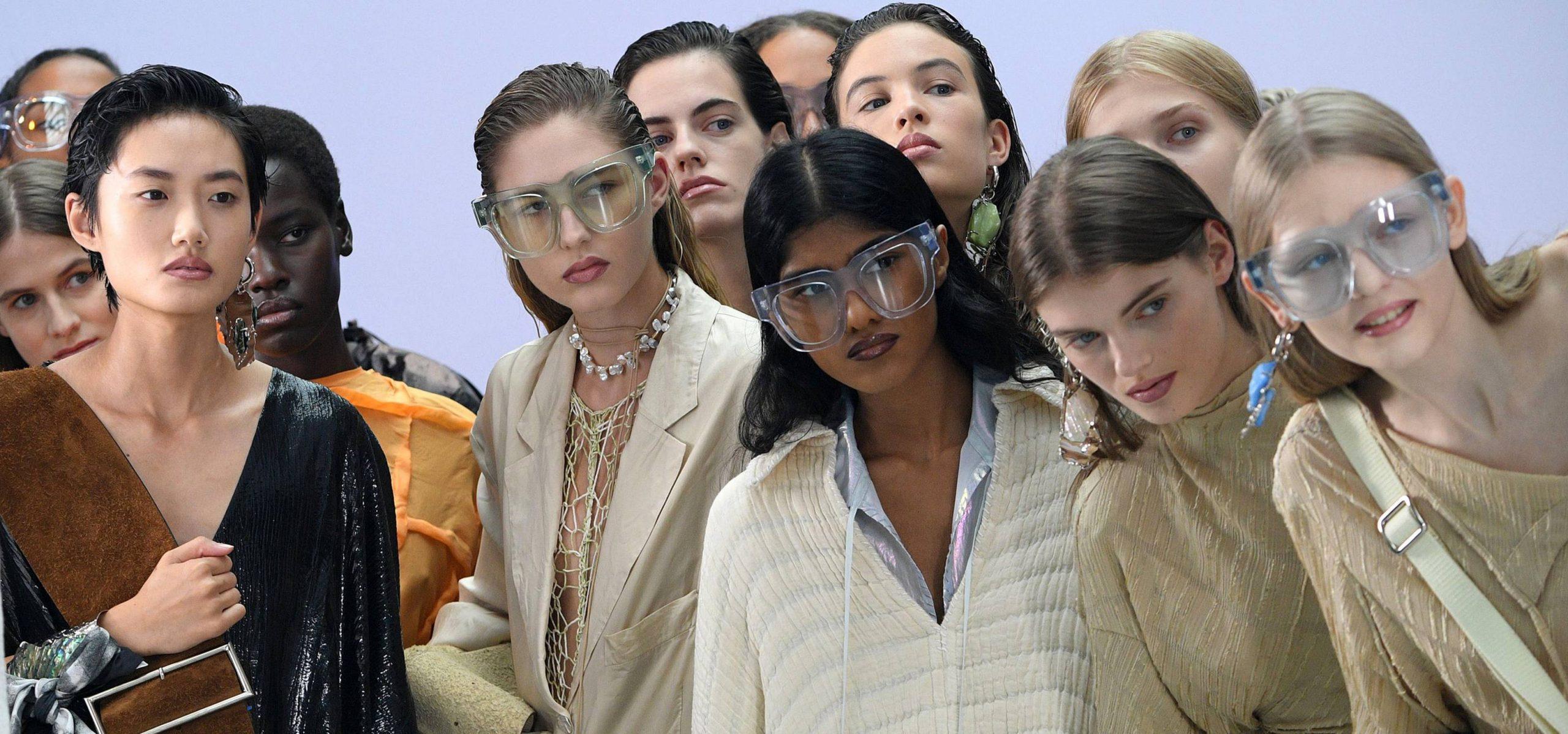 12 tendances de la mode printanière pour lesquelles nous tomberons tous dès que nous pourrons (enfin!) Cesser de porter des manteaux